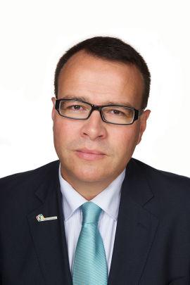 <p><b>– IKKE FORELSK DEG:</b> Fagdirektør for bolig i Forbrukerrådet Thomas Bartholdsen har flere råd mot å la seg rive med i budrundene.<br/></p>