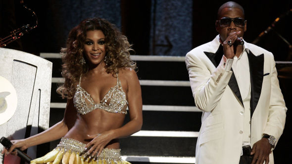 <p><b>STJERNEPAR:</b> Bildet viser ekteparet Beyonce og Jay-Z under en konsert i New York.<br/></p>
