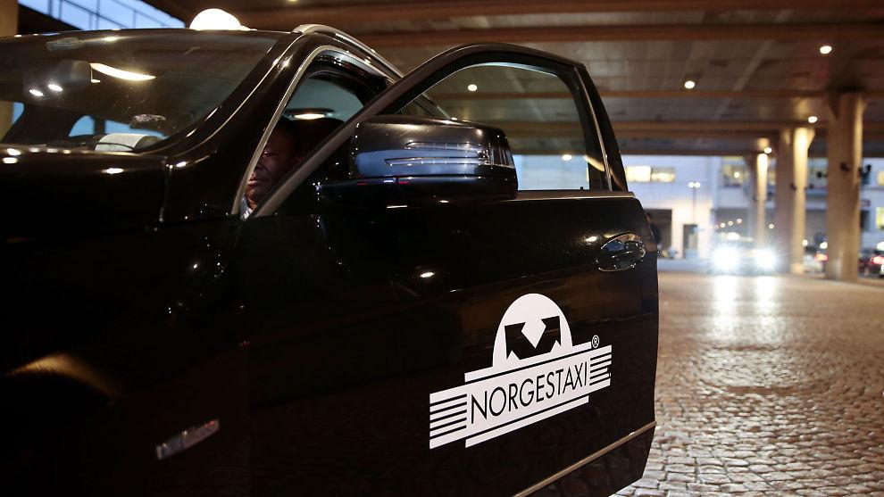 <p><b>FORNYER:</b> Norgestaxi tar i bruk teknologien som app-utfordrerne allerede bruker, og lar passasjerer betale gjennom sin app.</p>