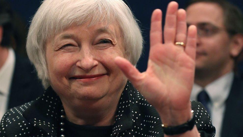 <p><b>AVVENTER:</b> Sentralbanksjef Janet Yellens største frykt er derfor å heve renten prematurt, skriver E24-spaltist Christian Hansen.<br/></p>