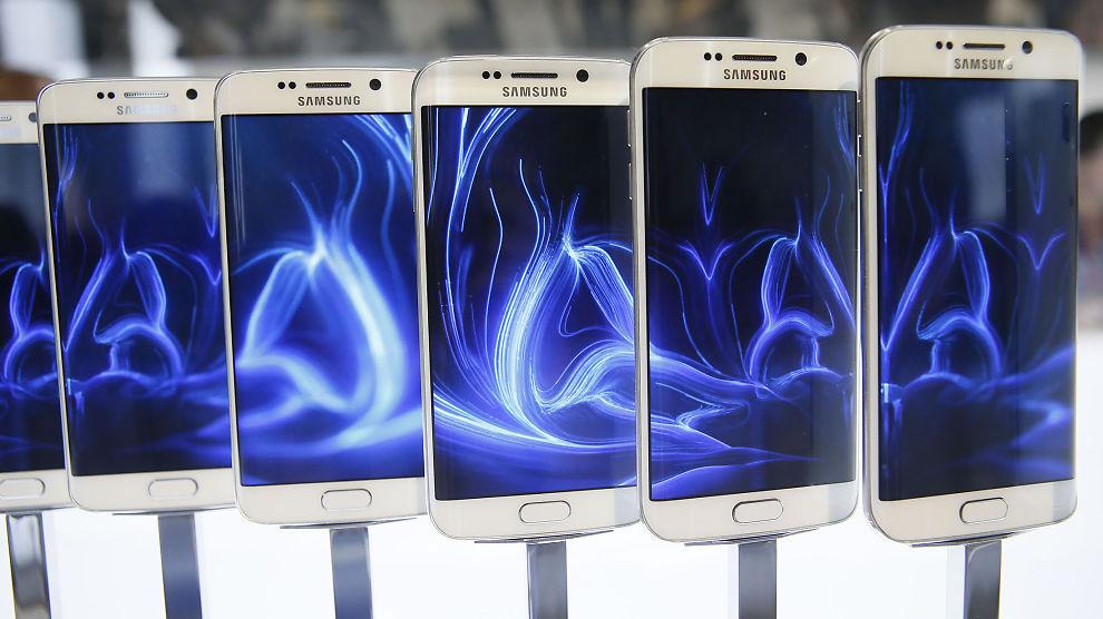 <p><b>VIKTIG NYHET</b>: Søndag lanserte Samsung det siste i mobiltelefoni med Galaxy S6 Edge. Hvor populær den blir vil være avgjørende for selskapet, mener E24-spaltist Salvador Baille.<br/></p>