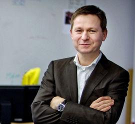 <p><b>- I TAKET:</b> Swedbank-analytiker Pål Ringholm mener myndigheten burde satt kapitakravet i taket.</p>