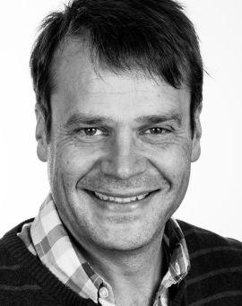 <p><b>MØTEVETERAN:</b> Professor Erik Lerdahl har lang erfaring som møteleder. Han har nå skrevet bok om temaet.<br/></p>
