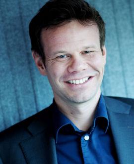<p><b>GOD BLANDING:</b> Finns direktør for jobbsidene, Fredrik Schjold, viser til et bredt utvalg innenfor sommerjobber.<br/></p>