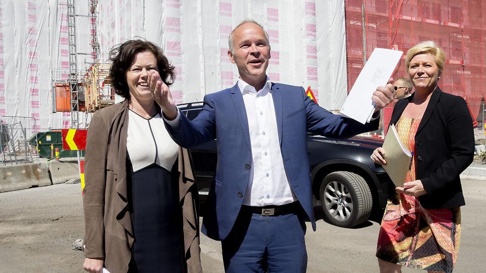 <p><b>BOLIGTRIO:</b> Kommunal- og moderniseringsminister Jan Tore Sanner, finansminister Siv Jensen (t.h.) og barne-, likestillings- og inkluderingsminister Solveig Horne la mandag frem regjeringens boilgstrategi.<br/></p>