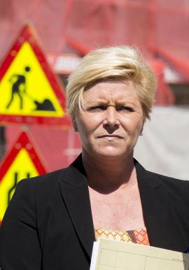 Finansminister Siv Jensen under fremleggelsen av Regjeringens strategi for boligmarkedet mandag.