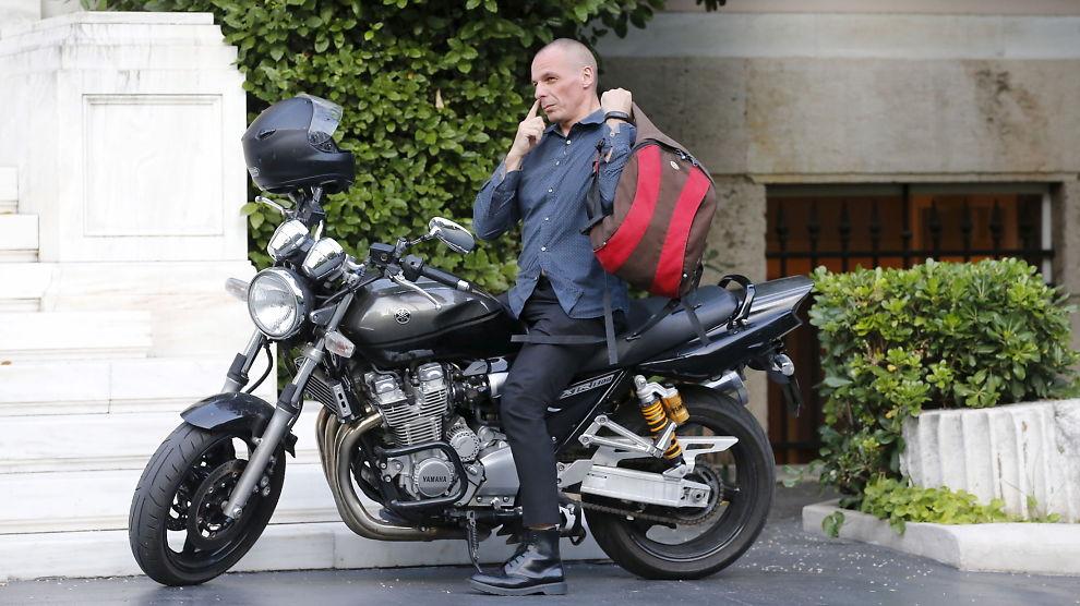 <p><b>TREKKER SEG:</b> Hvis ikke grekerne stemmer som han ønsker, kommer finansminister Yanis Varoufakis til å gå av.<br/></p>