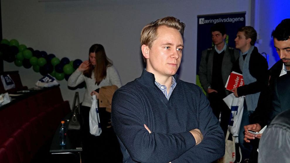 <p><b>TILBAKE I NORGE:</b> Påtroppende Akastor-sjef Kristian Røkke har flyttet hjem til Norge etter at han takket av som sjef for Aker Philadelphia Shipyard i 2014. Her er han avbildet under BIs Årskonferanse i mars.<br/></p>