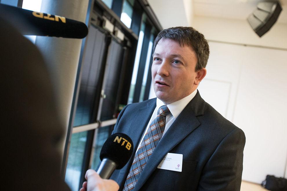 <p><b>PROBLEMBARN:</b> Administrerende direktør i Det norske, Karl Johnny Hersvik, kvitter seg med problemfeltet Jette.<br/></p>