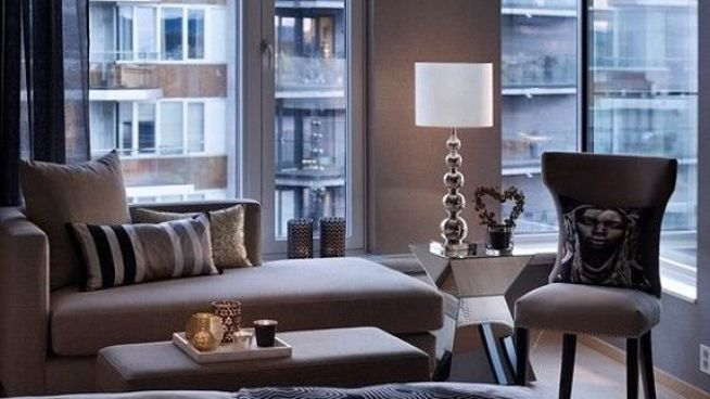 <p><b>GJESTEROM:</b> Bildet viser nok et soverom i leiligheten. Bildet gjengis med tillatelse fra megler.</p>