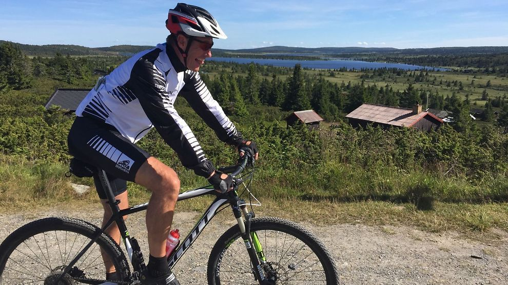 <p><b>MELDER OM TØRRE LØYPER:</b> Daglig leder i Birken AS, Jo Gunnar Ellevold, har fått testet den ferske HalvBirken-traseen. HalvBirken arrangeres for første gang i år, for å favne syklistene som finner 92 kilometer over fjellet for tungt for lår og legger.</p>