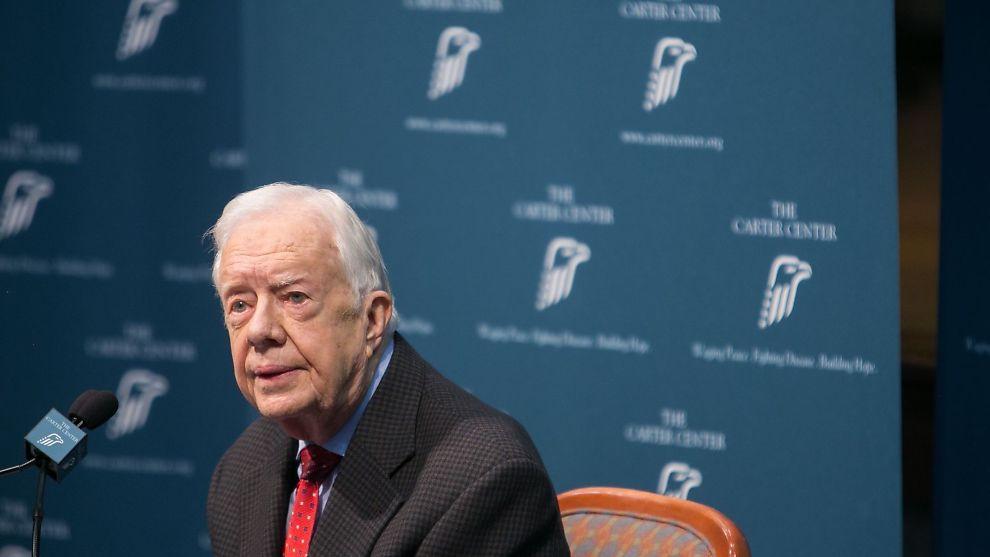 <p><b>SNAKKET UT:</b> Tidligere president Jimmy Carter holdt pressekonferanse om kreften i Atlanta torsdag.</p>