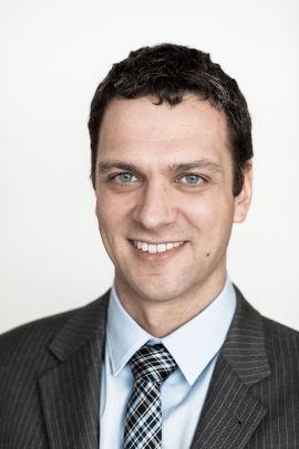 <p><b>VIL GI MER EKSPORT:</b> Senior konsulent i Thema Consulting, Marius Holm Rennesund, mener de to nye kraftkablene til Storbritannia og Tyskland vil føre til økt eksport av strøm fra Norge.</p>