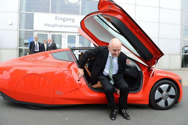 <p><b>HARD NEGL:</b> Den omstridte og kompromissløse Ferdinand Piech, etterkommer av selveste Ferdinand Porsche, røk i tottene med Martin Winterkorn i vår.<br/></p>