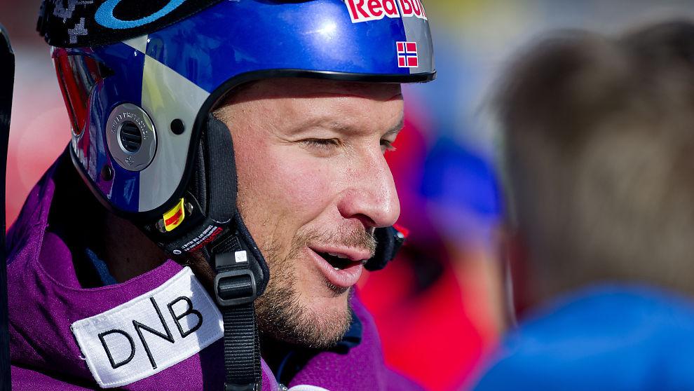<p><b>INVESTERER:</b> Alpinist Aksel Lund Svindal har gått inn på investorsiden i appen Skioo. Han mener appen løser utfordringer for både skikjørere og skianlegg.</p>