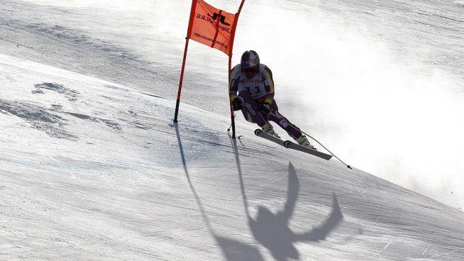 <p><b>MED PÅ LAGET:</b> Aksel Lund Svindal, som på bildet kjører utfor i Beaver Creek.<br/></p>