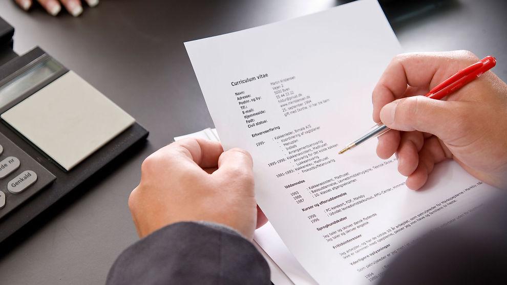 <p><b>TIPS:</b> Ti tips for å gjøre din CV bedre.</p>