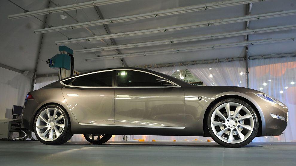 <p><b>SCORER DÅRLIG:</b> Forbrukerne har talt: Tesla Model S er dårligere enn gjennomsnittet.<br/></p>