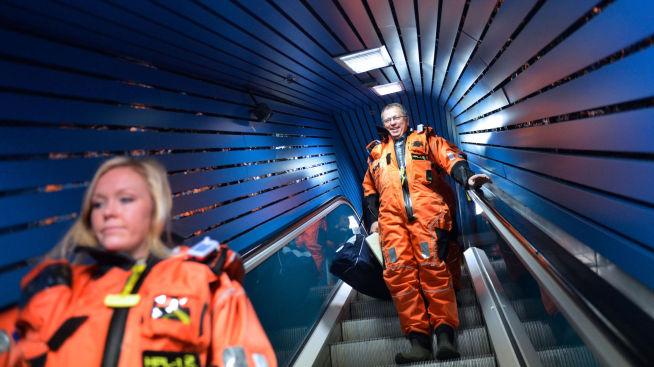 <p><b>LEGGER FREM TALLENES TALE:</b> Statoil-sjef Eldar Sætre holder presentasjon onsdag morgen. Her fra et besøk på Oseberg-plattformen.<br/></p>