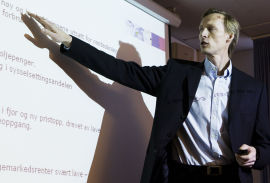 <p><b>OVERRASKE</b>T: Kyrre Aamdal, seniorøkonom DNB Markets.<br/></p>