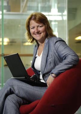 Kommunikasjonsrådgiver Ellen Dokk Holm i DNB