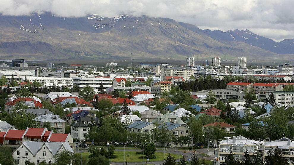 <p><b>BEST I KLASSEN:</b> Island troner på ny øverst i likestillingsarbeidet. det viser en fersk rapport fra World Economic Forum.</p>