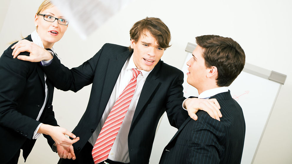 <p><b>KONTORKRANGEL:</b> Slik løser du konflikten på arbeidsplassen.<br/></p>