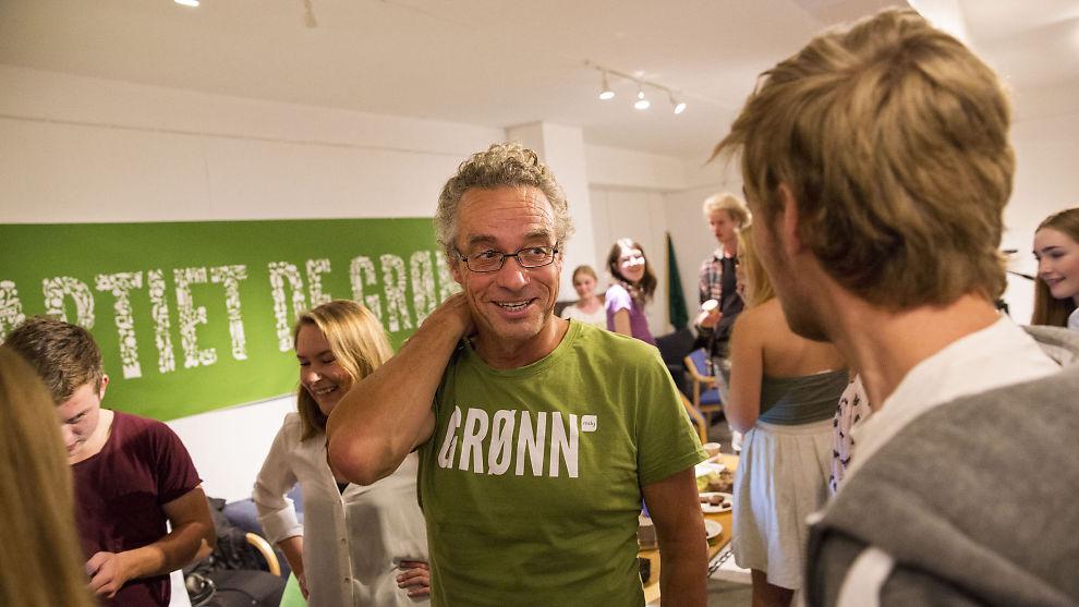 <p><b>VIL TA «KLIMAVERSTINGENE»:</b> Talsmann Rasmus Hansson i Miljøpartiet de grønne vil innføre en rekke avgifter for å få ned nordmenns klimautslipp.<br/></p>