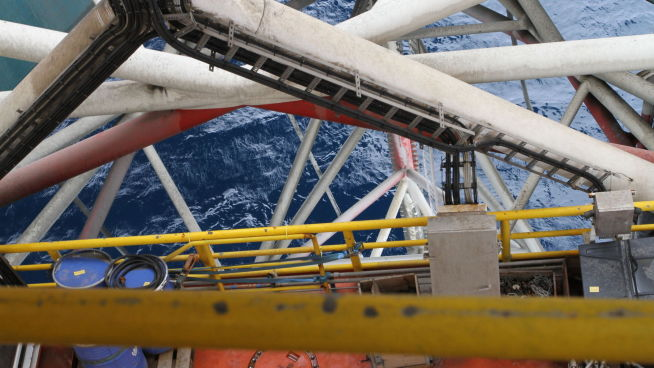 <p><b>IGANGSATT:</b> Produksjonen i Nordsjøen på oljefeltet Edvard Grieg startet lørdag 28. november. Feltet er operatørselskapet Lundins første store utbyggingsprosjekt på norsk sokkel. Forventede utvinnbare ressurser fra Edvard Grieg er 29 millioner standard kubikkmeter oljeekvivalenter (182 millioner fat o.e.), hovedsakelig olje, opplyser Oljedirektoratet.<br/></p>