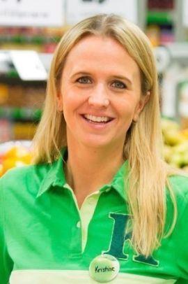 <p><b>KIWI-TALSKVINNE:</b> Kristine Aakvaag Arvin er kommunikasjonssjef i Kiwi.</p>