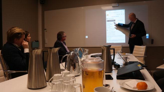 <p><b>LETTERE:</b> Curt Grimstad i DNB forklarer hvor mye enklere fremtidens løsninger vil være.<br/></p>