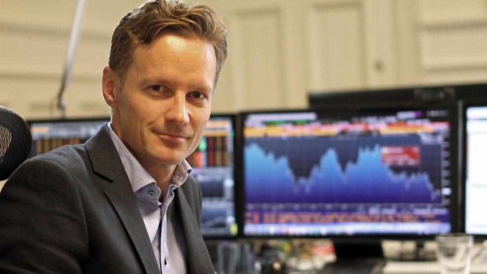 <p><b>SER SVAKERE KRONE:</b> Sjeføkonom Bjørn Roger Wilhelmsen i Nordkinn Asset Management</p>