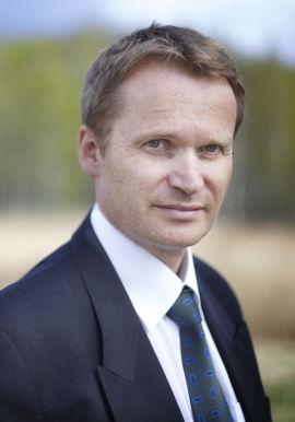 <p><b>HAR TROEN:</b> Kommunikasjonsdirektør Carsten Dybevik i Norske Skog.</p>