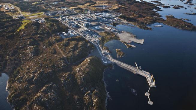 <p><b>IMPONERER BRASILIANERNE:</b> Ormen Langes landanlegg, i Nyhavna på Aukra i Møre og Romsdal.</p>