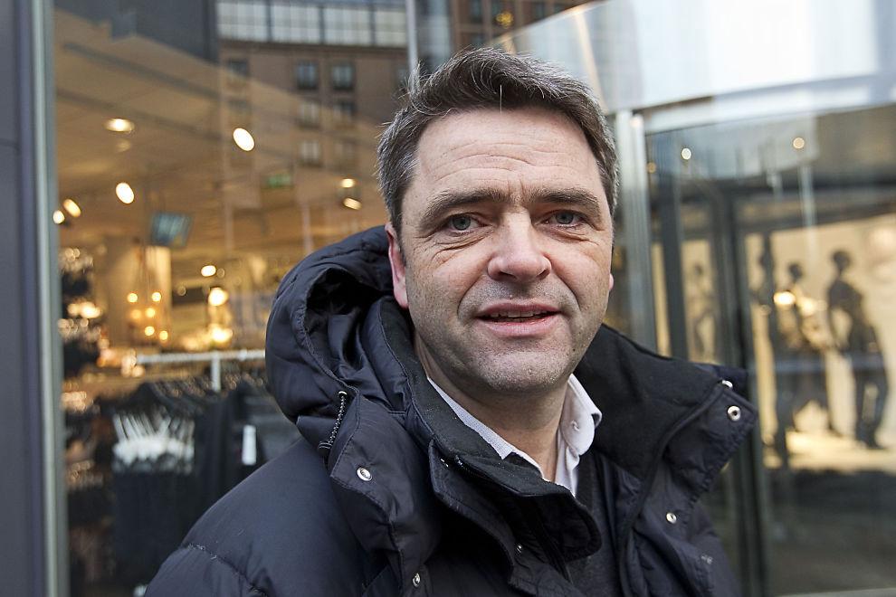 <p>KRITISK: Forbrukerøkonom og programleder Magne Gundersen mener Bank Norwegian har gitt E24 et lån som er ødeleggende for økonomien.</p>