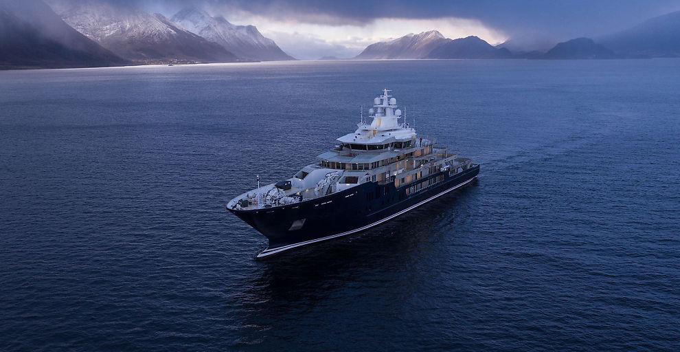 <p><b>PÅ VEI:</b> Den 116 meter lange yachten er nå på vei til sin nye eier, Graeme Hart.</p>