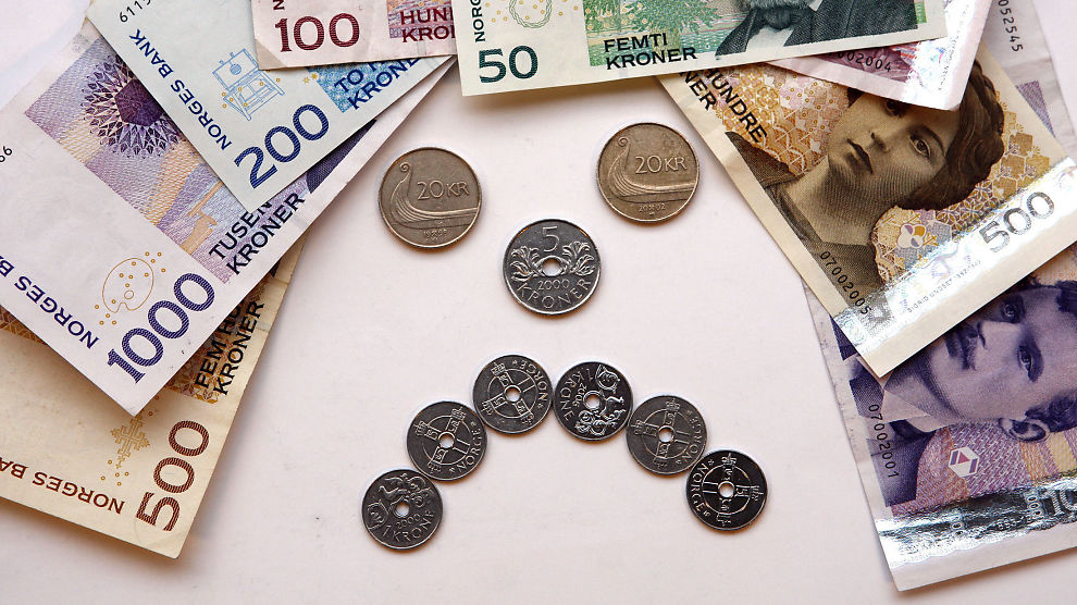 <p><b>LEI SKVIS:</b> Det er blitt veldig enkelt å ta opp store lån med skyhøye renter. Hvis man ikke klarer å betale tilbake, kan namsmannen kreve inn pengene med makt.</p>