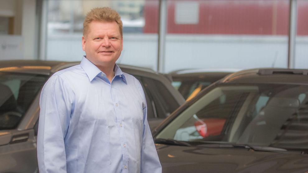 <p><b>KJØPE VAREBIL?</b> – Målet ditt bør være å kjøpe en pålitelig varebil som er tilpasset ditt unike behov, sierPaal Zachariassen, salgssjef for varebil hos Berg Auto</p>
