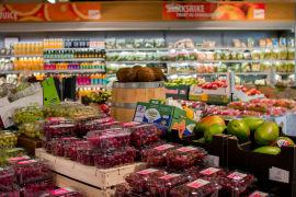 <p>For å redusere matsvinn begynte BAMA for noen år tilbake å selge druer i plastpakninger på 500 gram i stedet for kun i løsvekt.</p>
