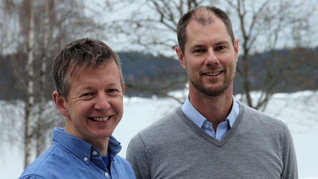 <p>Justin Fackrell og Martin Høy er data scientists i DNV GL og er blant selskapets fremste eksperter på AI og maskinlæring.</p>