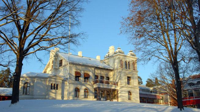 <p>VILLA VERITAS: På Høvik rett utenfor Oslo ligger hovedkvarteret til DNV GL, med den gamle villaen omkranset av moderne bygninger.</p>