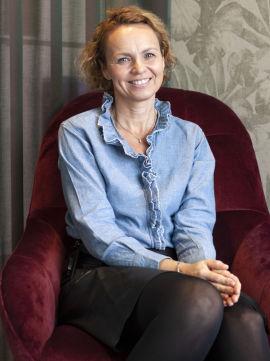 <p>SKAGEN Fondenes myteknuser, Synnøve Hellestø Ramslie mener det finnes mye forvirring omkring sparing i fond. Nå vil hun de vanligste fondsmytene til livs. Foto: SKAGEN Fondene.</p>