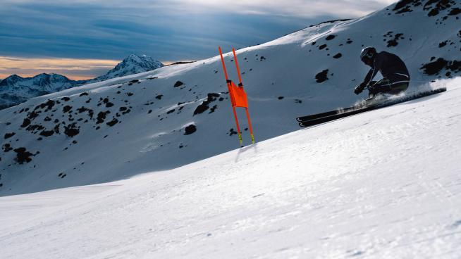 <p>Aksel Lund Svindal har flere investeringer med høy risiko, men sier han er langt mer risikabel med ski på beina.</p>