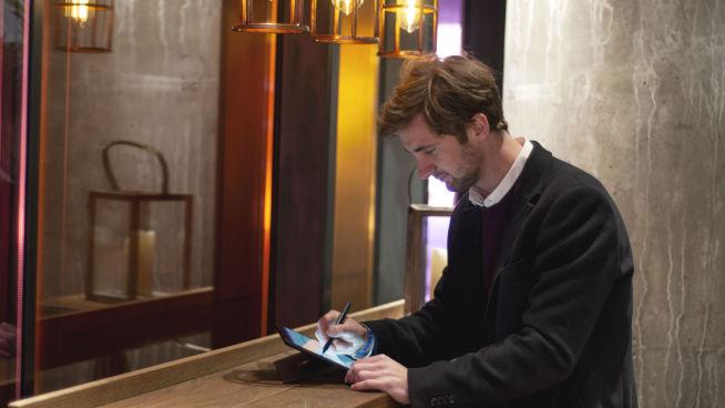 <p>FLEKSIBEL: Tanken bak Surface-serien fra Microsoft er at man skal kunne jobbe når man vil, og fra hvor man vil.</p>